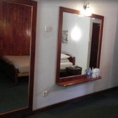 Отель Nuwara Eliya Golf Club удобства в номере