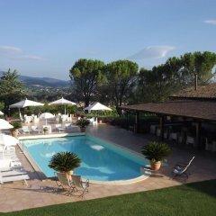 Hotel Ristorante La Fattoria Сполето бассейн фото 3