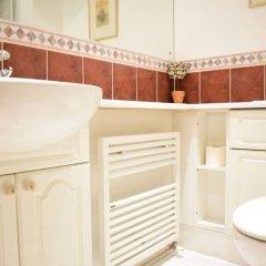 Отель 1 Bedroom Apartment Near St Pauls Великобритания, Лондон - отзывы, цены и фото номеров - забронировать отель 1 Bedroom Apartment Near St Pauls онлайн ванная фото 2