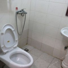Yuxi Hostel ванная