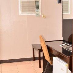 Отель El Portal Inn Филиппины, Тагбиларан - отзывы, цены и фото номеров - забронировать отель El Portal Inn онлайн удобства в номере фото 2