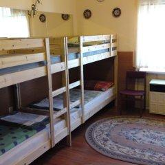 Отель Eitan's Guesthouse бассейн