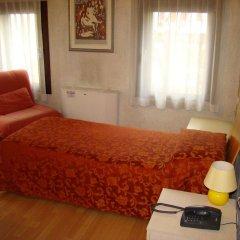 Отель Barchessa Gritti Италия, Фьессо-д'Артико - отзывы, цены и фото номеров - забронировать отель Barchessa Gritti онлайн комната для гостей фото 4