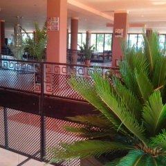 La Piazza Hotel Primorsko бассейн