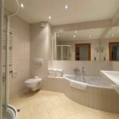 Отель Atrium Польша, Краков - 1 отзыв об отеле, цены и фото номеров - забронировать отель Atrium онлайн ванная фото 2