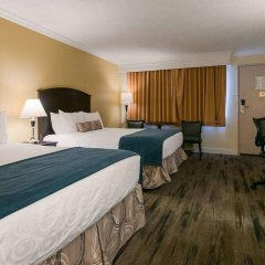 Отель Best Western PLUS Kings Inn & Conference Centre Канада, Бурнаби - отзывы, цены и фото номеров - забронировать отель Best Western PLUS Kings Inn & Conference Centre онлайн сейф в номере
