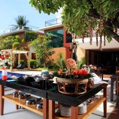 Отель La Flora Resort Patong питание