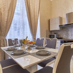 Апартаменты Presidential Apartment In The Old Town Square в номере
