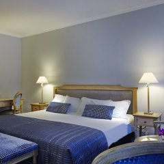 Отель Royal Hotel Paris Champs Elysées Франция, Париж - отзывы, цены и фото номеров - забронировать отель Royal Hotel Paris Champs Elysées онлайн комната для гостей фото 5