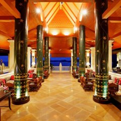 Отель Aquamarine Resort & Villa развлечения