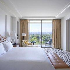 Отель Waldorf Astoria Beverly Hills Беверли Хиллс комната для гостей фото 3