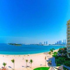 Отель Royal Club at Palm Jumeirah ОАЭ, Дубай - 5 отзывов об отеле, цены и фото номеров - забронировать отель Royal Club at Palm Jumeirah онлайн пляж