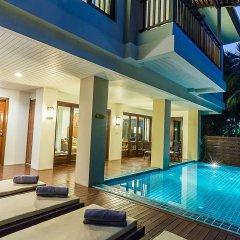Отель Ravindra Beach Resort And Spa бассейн фото 3