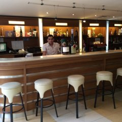 Отель Perunika - BB & All Inclusive Болгария, Золотые пески - 1 отзыв об отеле, цены и фото номеров - забронировать отель Perunika - BB & All Inclusive онлайн гостиничный бар