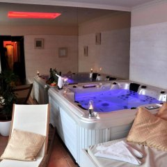 Отель Villa St. Tropez Прага бассейн фото 2