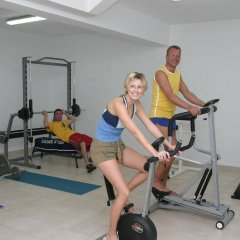 Lavris Hotel Bungalows фитнесс-зал фото 2