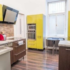 Апартаменты Resslova Apartment в номере