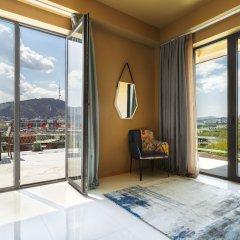 Отель Brim Hotel Грузия, Тбилиси - отзывы, цены и фото номеров - забронировать отель Brim Hotel онлайн балкон