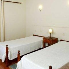 Отель Casal Das Alfarrobeiras Португалия, Виламура - отзывы, цены и фото номеров - забронировать отель Casal Das Alfarrobeiras онлайн спа