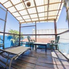 Отель Hostel Playa by The Spot Мексика, Плая-дель-Кармен - отзывы, цены и фото номеров - забронировать отель Hostel Playa by The Spot онлайн балкон