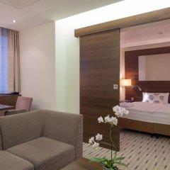 Отель Park Inn by Radisson Berlin Alexanderplatz комната для гостей фото 7