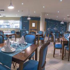 Lavris Hotel Bungalows гостиничный бар