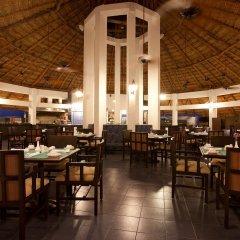 Отель Emporio Cancun питание