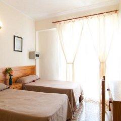 Отель Hostal Montesol комната для гостей фото 5