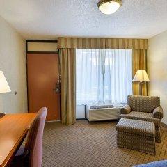 Отель Clarion Inn I-10 East at Beltway комната для гостей