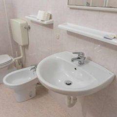 Отель Ristorante Albergo Al Donatore Палаццоло-делло-Стелла ванная