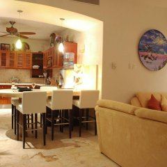 Отель Porto Playa Condo Hotel & Beachclub Мексика, Плая-дель-Кармен - отзывы, цены и фото номеров - забронировать отель Porto Playa Condo Hotel & Beachclub онлайн питание фото 3