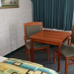 Magnuson Hotel Howell/Brighton питание