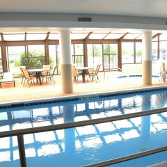 Отель Best Western Joliet Inn & Suites бассейн