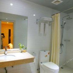 Отель Xiamen Between The Sea Hotel Китай, Сямынь - отзывы, цены и фото номеров - забронировать отель Xiamen Between The Sea Hotel онлайн ванная фото 2