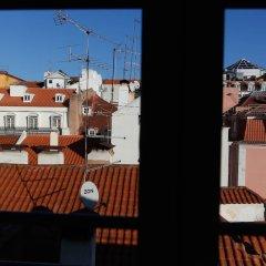 Отель Bairro Alto Centre of Lisbon Португалия, Лиссабон - отзывы, цены и фото номеров - забронировать отель Bairro Alto Centre of Lisbon онлайн балкон