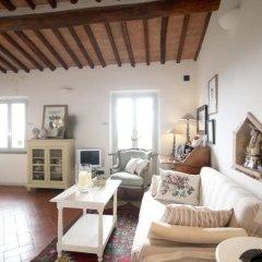 Отель We Tuscany - Zaffiro Bianco Италия, Сан-Джиминьяно - отзывы, цены и фото номеров - забронировать отель We Tuscany - Zaffiro Bianco онлайн комната для гостей фото 2
