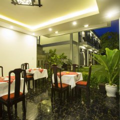 Отель Hoi An Hideaway Villa питание фото 3