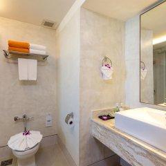 Отель Beyond Resort Karon ванная фото 2