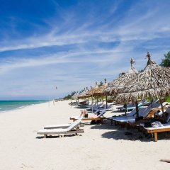 Отель The Blue Alcove Хойан пляж