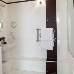 Отель Eiffel Seine Париж ванная фото 2
