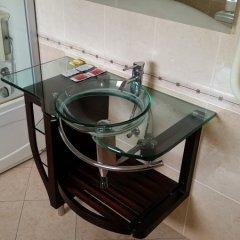 Отель Brothers Болгария, Чепеларе - отзывы, цены и фото номеров - забронировать отель Brothers онлайн ванная