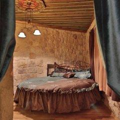 Отель Golden Cave Suites сауна