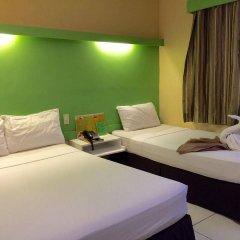 Отель Cebu R Hotel - Capitol Филиппины, Лапу-Лапу - отзывы, цены и фото номеров - забронировать отель Cebu R Hotel - Capitol онлайн комната для гостей фото 5