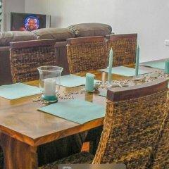 Отель Island Breeze Fiji Савусаву питание
