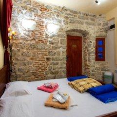 Отель Hostel Old Town Kotor Черногория, Котор - отзывы, цены и фото номеров - забронировать отель Hostel Old Town Kotor онлайн комната для гостей фото 5