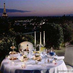 Отель Le Meurice Dorchester Collection Париж питание фото 2