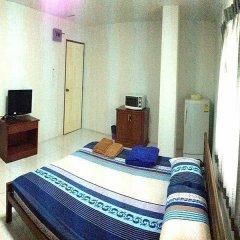 Апартаменты Poon Sook Apartment комната для гостей