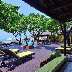 Отель Supatra Hua Hin Resort гостиничный бар