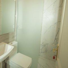 Отель Mosaic Home Албания, Тирана - отзывы, цены и фото номеров - забронировать отель Mosaic Home онлайн ванная