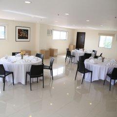Отель Nichols Airport Hotel Филиппины, Паранак - отзывы, цены и фото номеров - забронировать отель Nichols Airport Hotel онлайн помещение для мероприятий